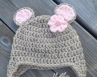 Baby girl bear hat, bear hat, oatmeal and baby pink, Crochet baby bear hat, bear earflap hat, bear hat earflaps & braids