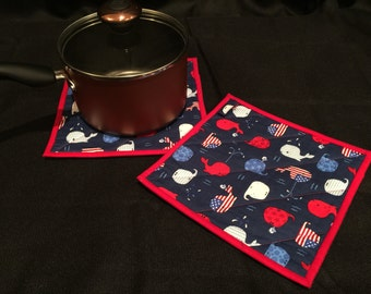 RW&B Whale Quilted, Insulated Pot Holder Set