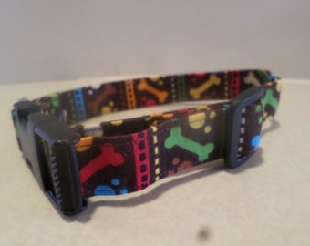 Cute Colorful Bone Patterned Dog Collar!