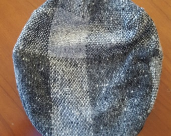 Vintage Irish wool Newsboy hat, two tone grey/white Hanna Hats of Donegal Ltd, size medium