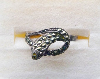 Modern sterling silver marcasite pave snake oroborus ring size 8