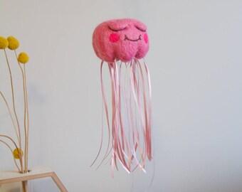 Felt Jellyfish Baby Mobile // baby girl // baby shower gift // handmade // ocean