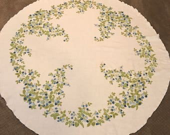 Vintage Round Linen Blue Berry Tablecloth