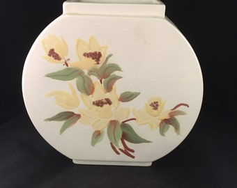 E045   Hand-painted vase
