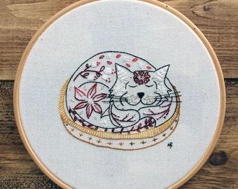 Red cat embroidery kit, embroidery kit cat, cat embroidery hoop art, hand embroidery kit, cat hoop art, cat contemporary embroidery kit