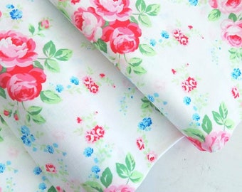 Flower Sugar Paisley Wind - White Floral Bouquet(White Background) - Lecien - Japan, Inc