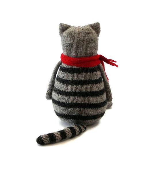 Toy cat knitting pattern PDF / animal knitting pattern / knitted toys pattern...