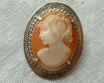 H/M silver carved shell cameo brooch