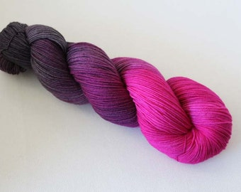 Grapes of Wrath, Hand dyed Merino Sock 75/25 sw merino/nylon