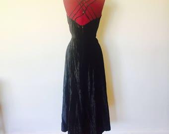 90s Black Velvet Maxi Dress Size M 7 8