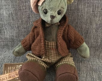 Collecable teddy bear