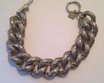 On Sale Vintage Chunky Signed Chain Toggle Bracelet