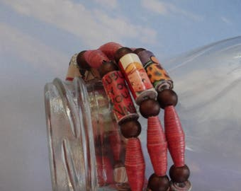 """Paper Bead Jewelry, Paper Beads,  Memory Wire Bracelet, Paper Bead Bracelet, Handmade Beads, Beaded Jewelry, Hipster Bracelet, 7"""""""