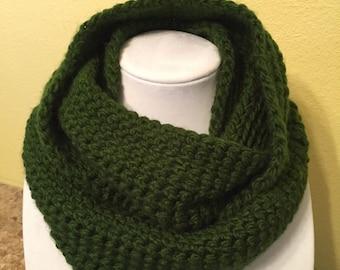 Green infinity crochet scarf
