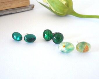 Dainty Green Post Earrings, Emerald Stud Earrings, Vintage Glass Posts, Fire Opal Jewelry, Feminine Jewelry, Gift for Her