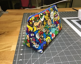 Super Mario Zipper Pouch