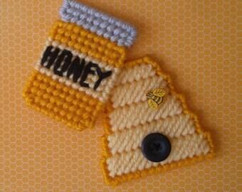 Plastic Canvas: Mini Beehive and Honey Jar Magnets (set of 2)