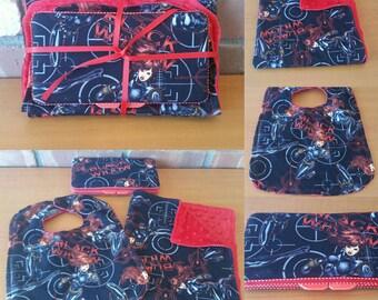 Black Widow Avengers Baby Gift Set Small Minky Cuddle Blanket, Wipe Case and Bib