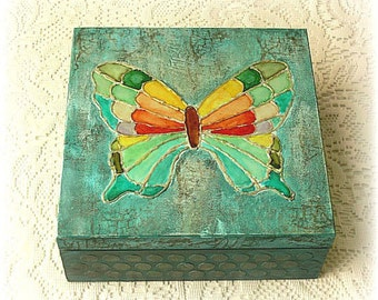 Wooden mixed media box , mixed media box , keepsake box , treasury box , jewelry box , hand painted butterfly box