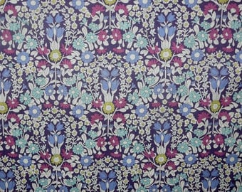 Fabric - Purple floral fine cotton lawn - dressmaking fabric