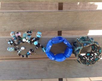 3 blue beaded bangles, blue, aqua bangles, 3 beaded bracelets,3 large braceletqs, big andbeaded bangle, bracelets, 90s bracelets.