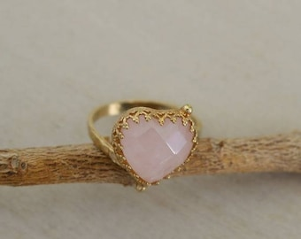 Heart Shaped Ring, Heart Ring Rose gold, Rose Quartz Ring, Crown Ring, Queen Ring, Stone Ring, Unique Jewelry, Gold Stone Ring, Gold Jewelry