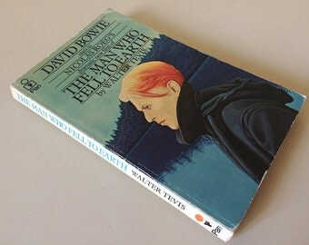 Vintage copy of The Man Who Fell to Earth by Walter Tevis