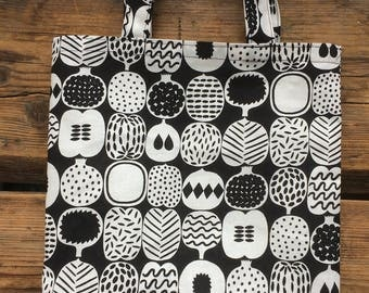 Adorable small shopping tote from Marimekko Pieni Kompotti designer cotton fabric, black white, Finland