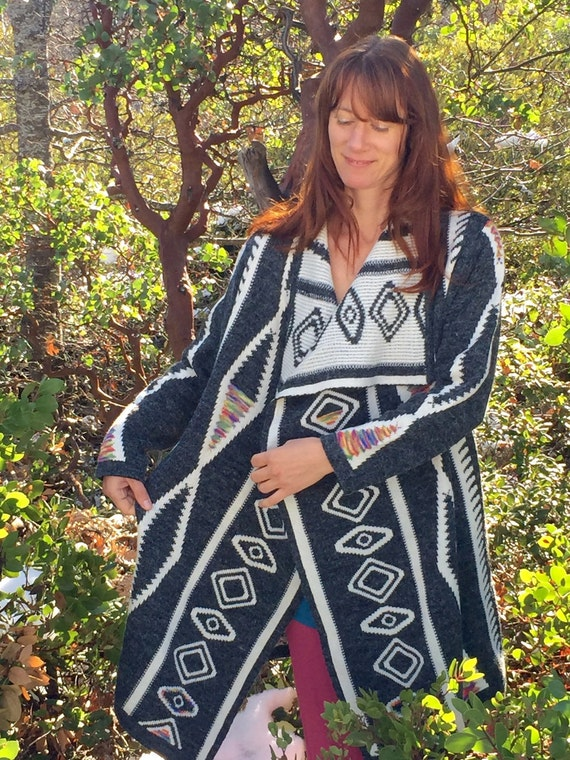 Aztec Print Long Oversize Womens Sweater with Hood Grey Woven Knit Sweater with Multicolor Rainbow Native American Motif