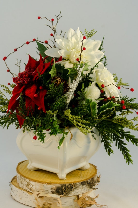Elegant red and white silk floral centerpiece roses