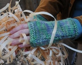 Fingerless gloves, hand warmers, light greens & pale purple wool, arm warmers, hand knit wrist warmers,