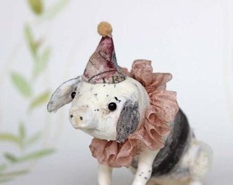 Ready to made item ++ Spun cotton figurine Piglet