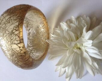 Vintage Gold Glitter Lucite Bangle Bracelet 60's Confetti String Chunky  Retro Boho Large Festive Disco Midcentury Classic Jewelry Gift