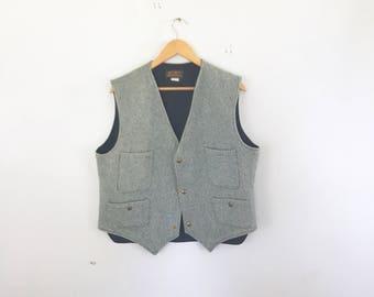 wool Eddie Bauer vest size large made in usa