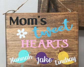 Mom's Tweet Hearts personalized sign, wood wall decor for mom, sign with birds, Mother's Day gift, 8x10 sign, wood decor