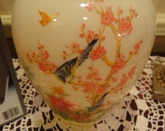 Anchor Nightingale/Almond Vintage Vase in Original Box/Vintage Anchor Vases/Vase/Vases/Vintage Home Decor/Vintage Home Decor Flower Vase
