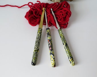 Crochet Hook yellow black.