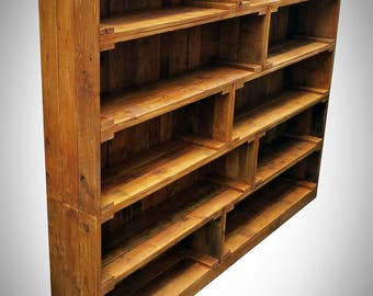 Huge bookcase from recycled pallet/fruit crate style