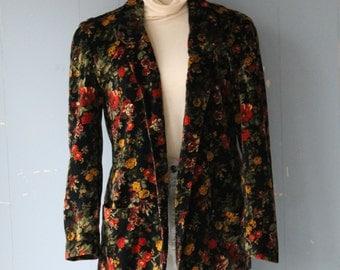 Vintage 70s Floral Velvet Blazer/Jacket/Winter Floral/Boho/Street Style/