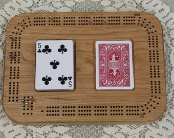 Engraved Cribbage Board Made of Cherry, Continuous Track