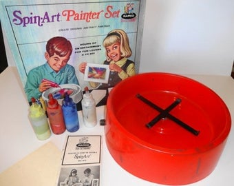1960s Spin Art Painting Set by Rapco. All Excellent and works.