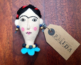 Frida Kahlo felt brooch *Limited Edition* - Series 2, Number 002