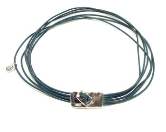 6 Strand Leather Necklace, Uno de 50 Style