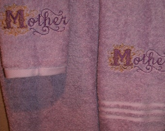 Mother Damask Personalized 3 piece Bath towel, hand towel & Washcloth Set
