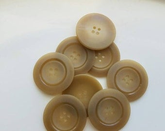 Vintage tan matching sewing buttons. Lot of 8. (Feb47)