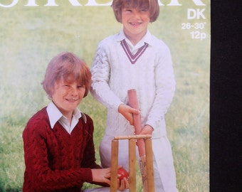 Vintage Knitting Pattern. 1980s. Childs Cricket Sweater. Cable sweater