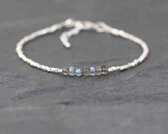 Labradorite, Sterling & Karen Hill Tribe Silver Bracelet. Dainty Beaded Stacking Bracelet. Flashy Blue Gemstone Jewelry. Delicate Jewellery
