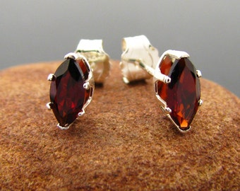 Garnet earrings, studs earring with genuine garnet, sterling silver stud earring red garnet 7x3.5 mm