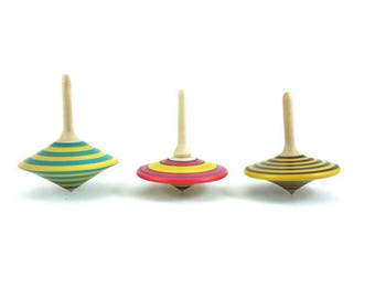 Spinning top (group H), Wooden spinning tops, Vintage gift, Party bags, Classic toys, Party favors, SilvanWoodturning