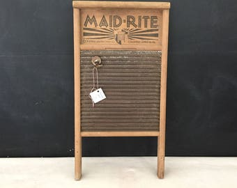 Washboard - Vintage Maid Rite Washboard Co - Farmhouse - Wall Hanging - Magnet Board - Laundry Room Decor